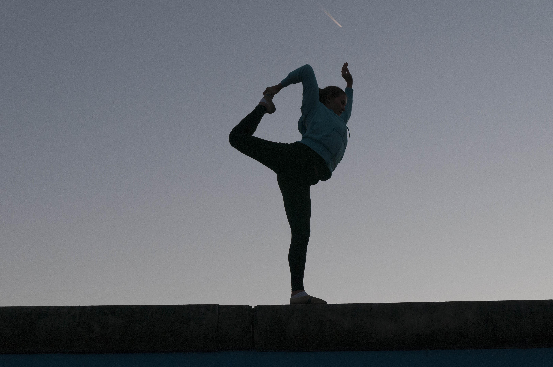_absolutely_free_photos_original_photos_yoga-girl-5601x3720_52150